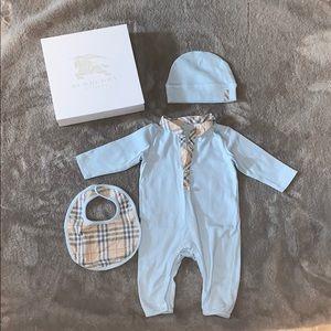 Children's Burberry onesie, hat, bib, original box